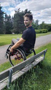 Banneri - Penkki pyörätuoli